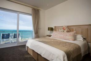 Arniston-Spa-Hotel-VIP-Room-01