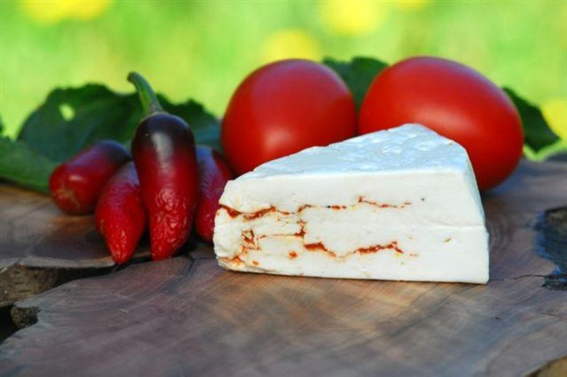 Tomato_and_Chilli_goats-cheese